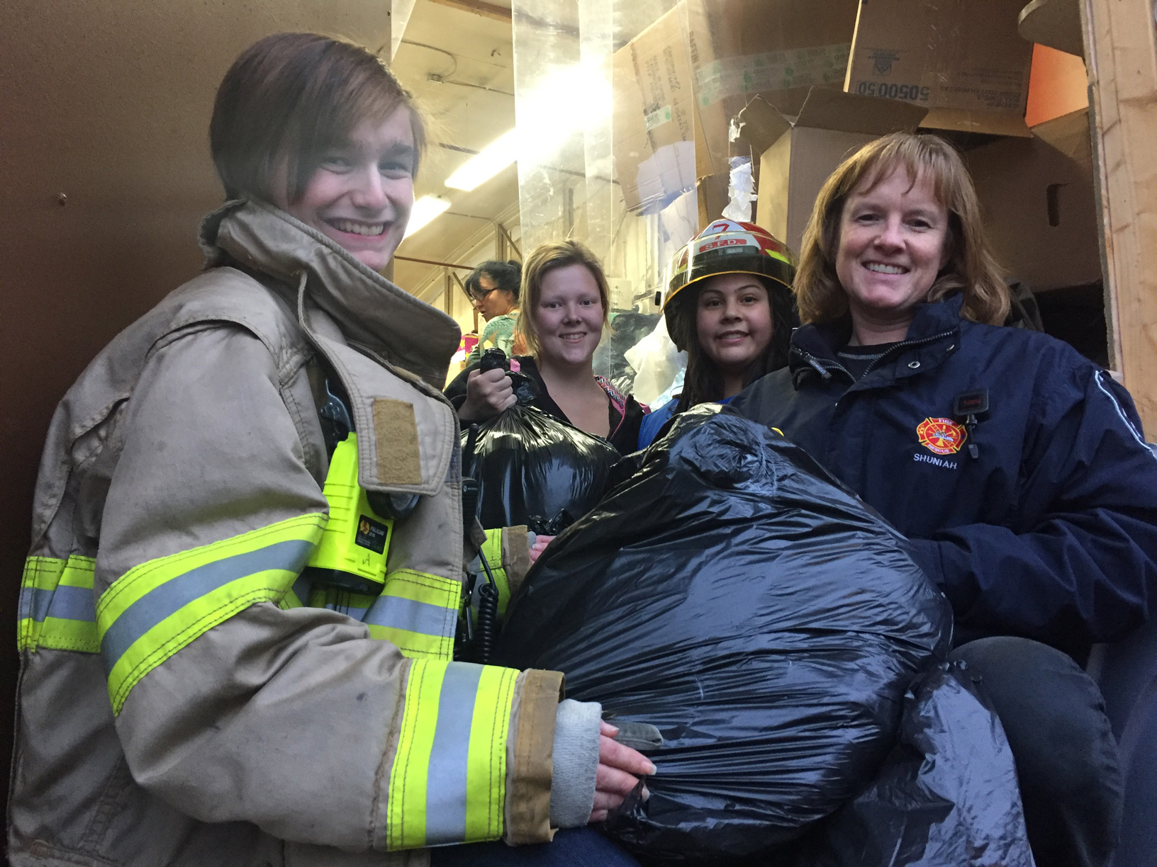 Clothing Assistance and Shuniah Fire unload clothing